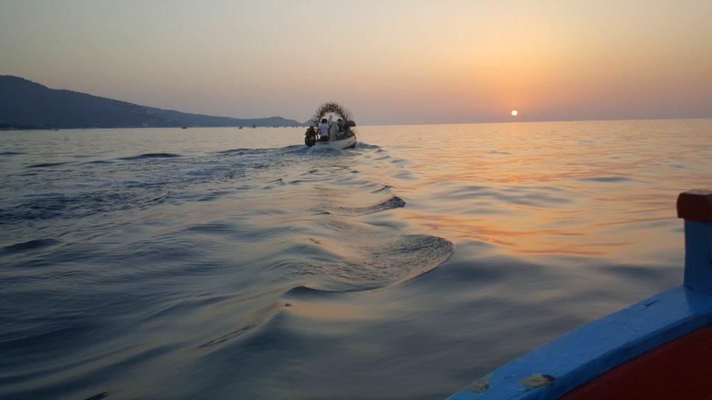 mare-calmo-e-barca