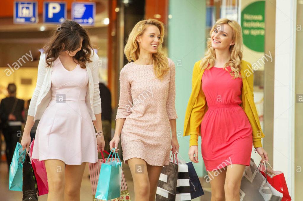 donne-centro-commerciale-dx96a9