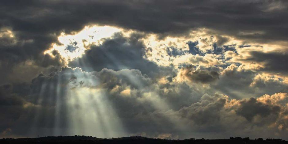 luce-tra-le-nuvole